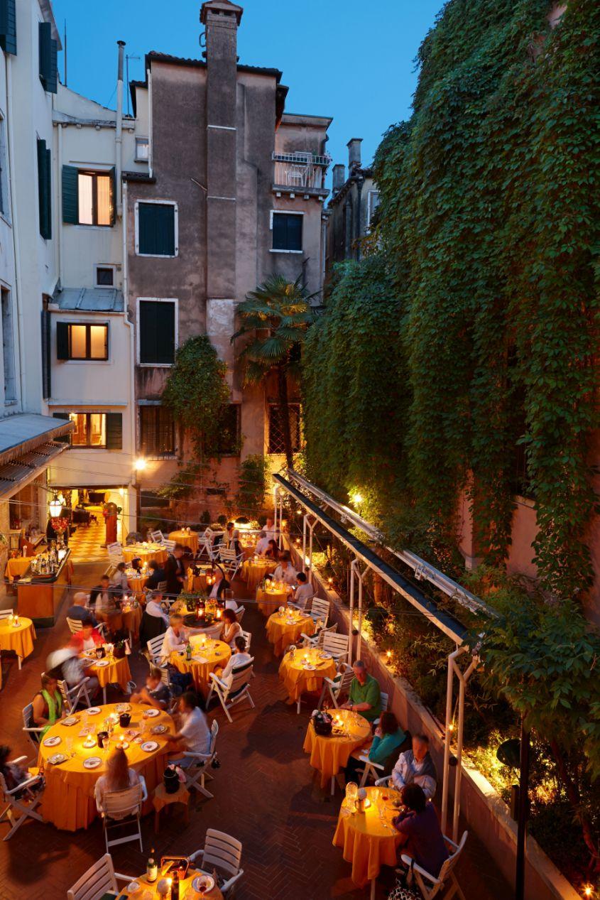 Ristorante La Caravella - Hotel Saturnia & International - Hotel ...