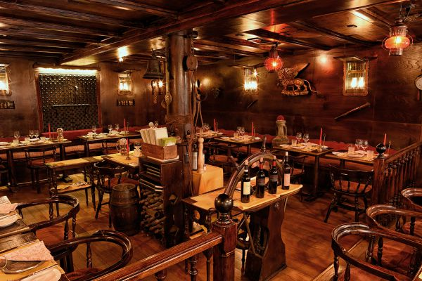 La Caravella Restaurant Hotel Saturnia International Venice